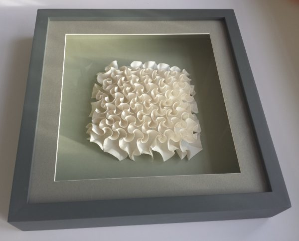 Hyperbolic Curved Paper Fold